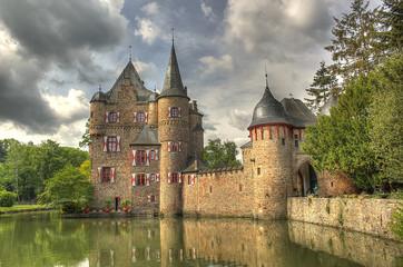 Keuken foto achterwand Kasteel Water castle Satzvey. Mechernich, Germany.