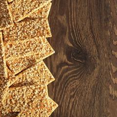Cracker di riso e cereali