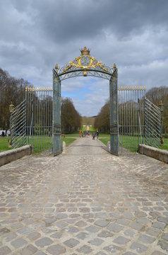 Grille d'entré et porte du château de Chamarande