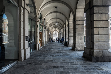 Fotomurales - Long arches, corridors with columns