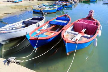 Barche da pesca nel porticciolo di Santo Spirito (Bari)