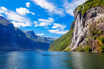 Photo sur Plexiglas Scandinavie Geiranger at Geirangerfjord, Norway