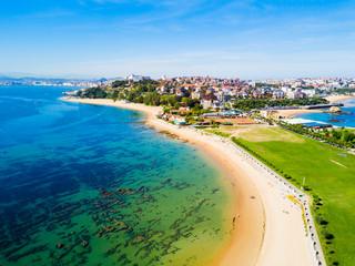 Santander city beach aerial view Fototapete