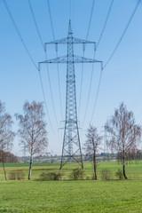 Strommasten einer Überlandleitung