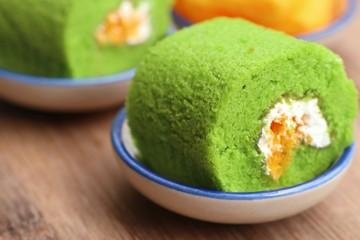 Green roll cake sweet dessert