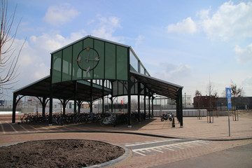 Front entrance and cycle parking of station Waddinxveen triangel