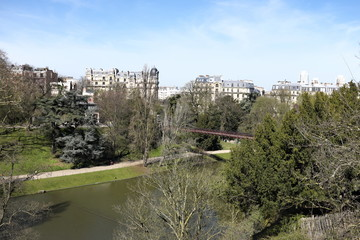 Parc des Buttes Chaumont, Paruis