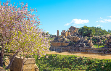 The beauty of art and nature of the Agrigento province