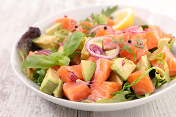 Wall Mural - salmon and avocado salad