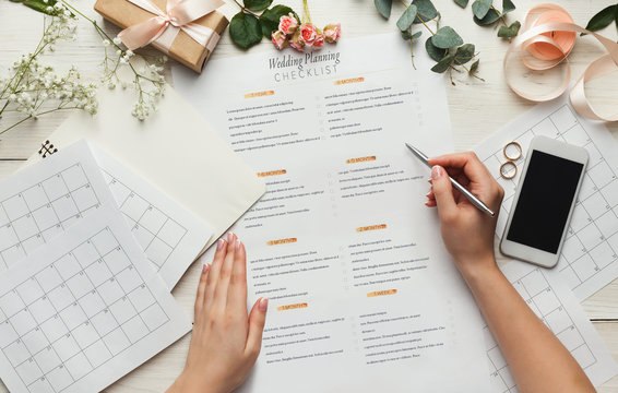 Bridal background with planner checklist
