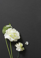 Artificial white decorative flowers