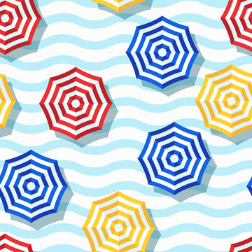 Vector seamless geometric pattern. Flat 3d style beach umbrella and wavy striped background.