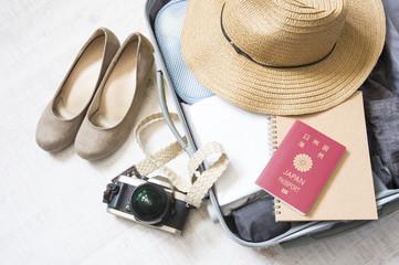 スーツケース 旅行イメージ