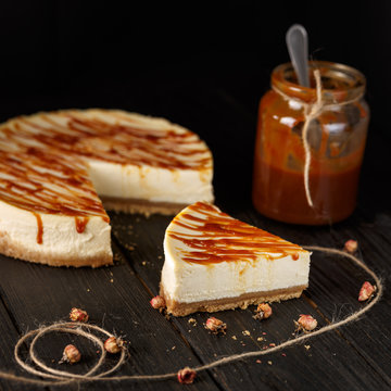 cheesecake with caramel