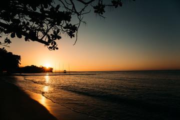 Sonnenuntergang in der Karibik auf der Jamaika Wall mural
