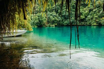 Blue lagoon auf Jamaika