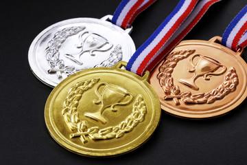 金銀銅メダル Gold and silver bronze medals