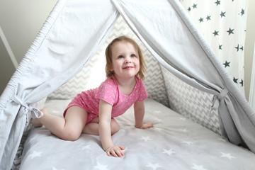 2 years little girl in wigwam tent