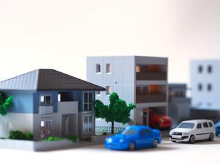 住宅と自動車のイメージ