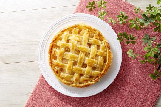 アップルパイ (homemade apple pie)