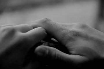 恋人たちの手