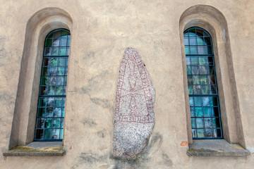 Heda church runestones