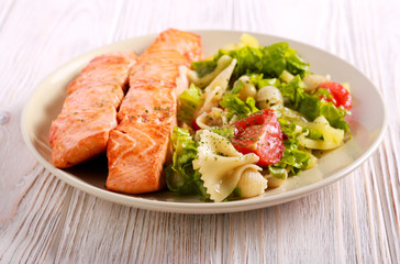 Fried salmon and pasta salad