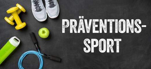 Fitnessausrüstung auf dunklem Hintergrund - Prävention