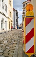 Absperrung an einer Baustelle in der Altstadt von Dresden