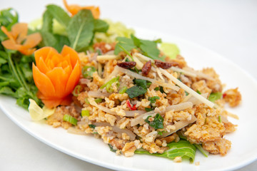 Yam Naem Khao Thot - Spicy Salad with fermented pork, vegetable and rice
