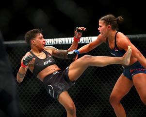 MMA: UFC Fight Night Phoenix-Dobson vs Mueller