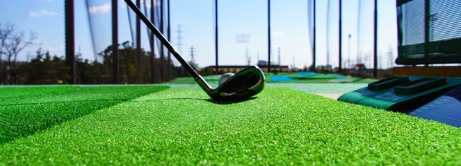 ゴルフ練習場 ドライバー