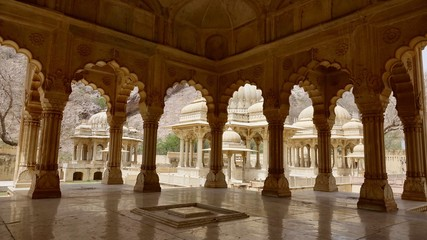 Gaitor Ki Chhatriyan in Jaipur, Rajasthan Indien, Mogularchitektur, Grabmahl