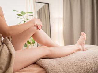 脱毛後のすべすべの足イメージ