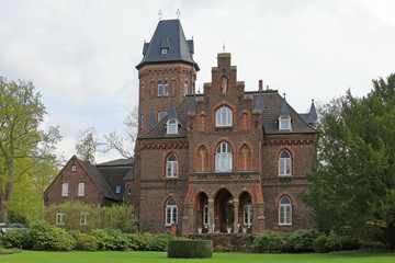 Marienburg in Monheim am Rhein