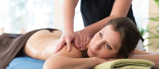 Massage - Studio - Therapie