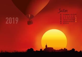 calendrier 2019 - calendrier - montgolfière - 2019 - paysage - juillet - année - mois - été - jour férié