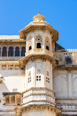 Fototapete - Detail of Udaipur city palace.