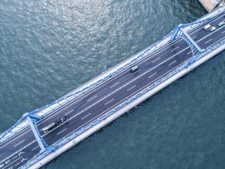 吊橋の鳥瞰図。