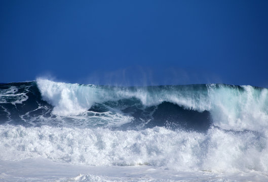 Gran Canaria, foamy waves
