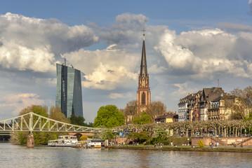 Poster Port Stadtansicht von Frankfurt am Main mit EZB und Dreikönigskirche