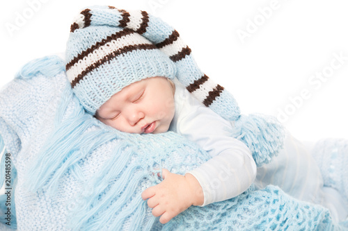 a13c7d5a234f Newborn Baby Boy Sleep in Blue Hat