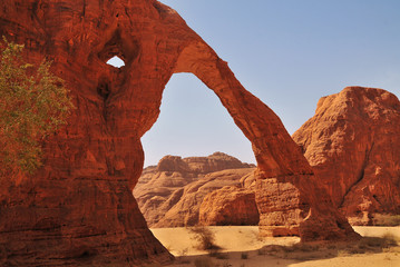 File:Elephant Rock in the Ennedi Mountains - northeastern Chad