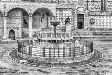 Wall Mural - View of Fontana Maggiore, scenic medieval fountain in Perugia, Italy