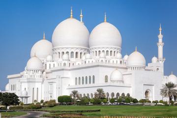 Sheikh Zayed Grand Mosque in Abu-Dhabi, United Arab Emirates