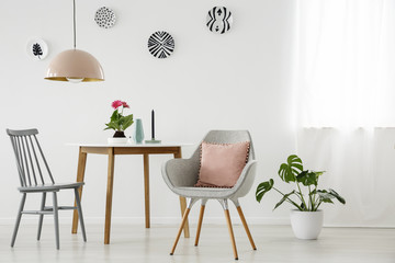 Grey and pink dining room