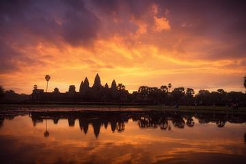 Lever de soleil à Angkor Wat, Siem Reap, Cambodge