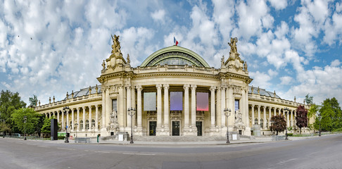 Panoramic view of Grand Palais (Great Palace) in Paris, France. Grand palais has more than 1.5 mln visitors per year, no people Fototapete