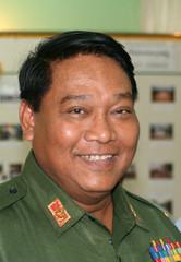 Myanmar police general Khin Yi speak to reporters in Hpa-an