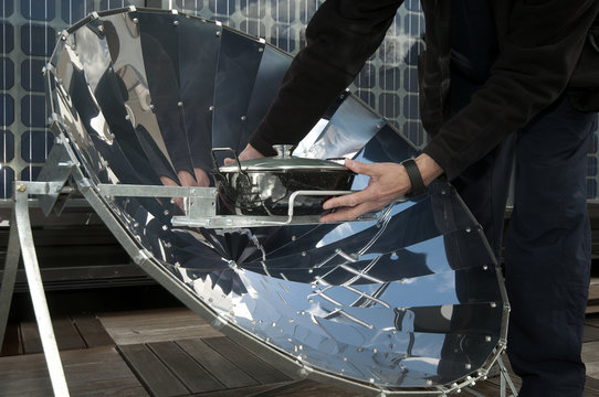 cooking in solar cooker